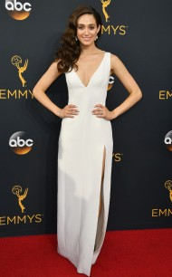 rs_634x1024-160918171803-634-emmy-awards-arrivals-rossum