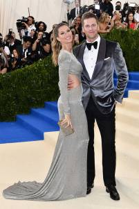 rs_683x1024-170501152627-634.Gisele-Bundchen-Tom-Brady-Met-Gala-New-York.kg.050117